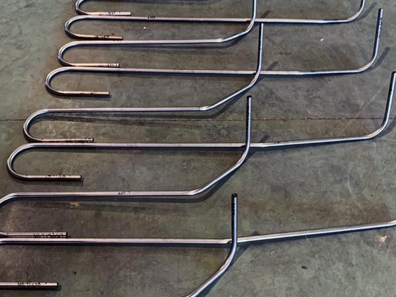 Navallas proyecto de tubería curvada ingeniería